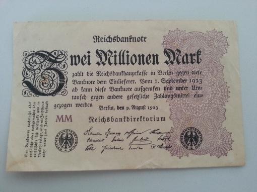 Inflation 2Mio 19230809