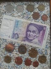 D-Mark Schein Münzen und geschreddert