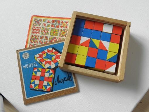 DDR Würfel Mosaik Spiel