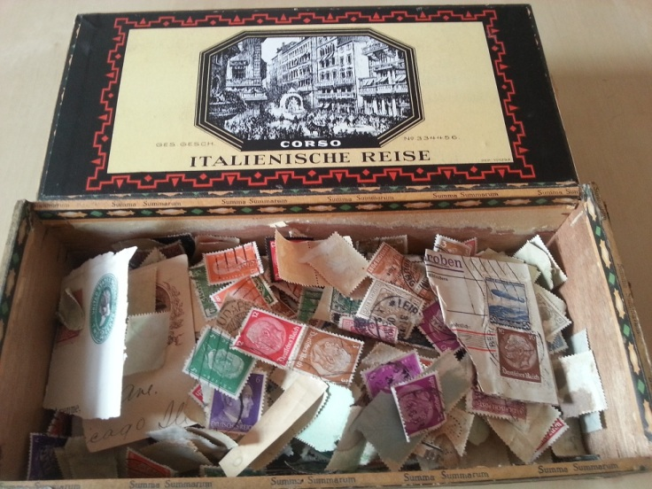 Zigarrenkiste Briefmarken