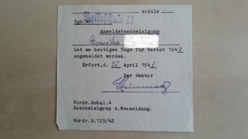 Schulanmeldung 1943